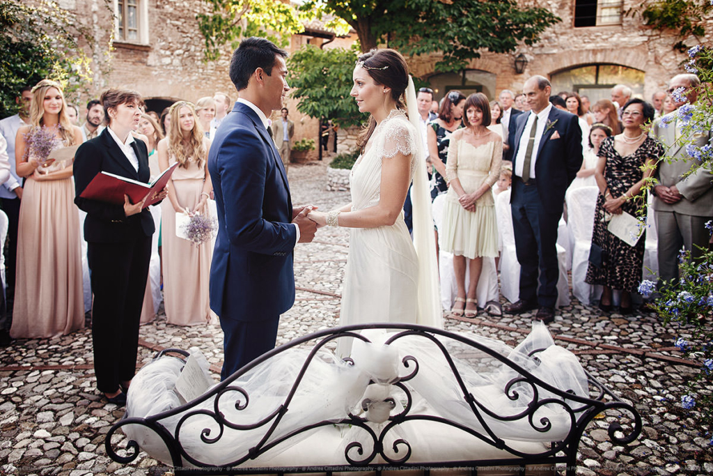 outdoor ceremony in Umbria