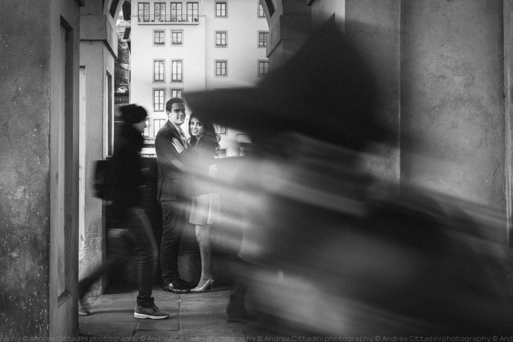 Photographer for engagement in Florence