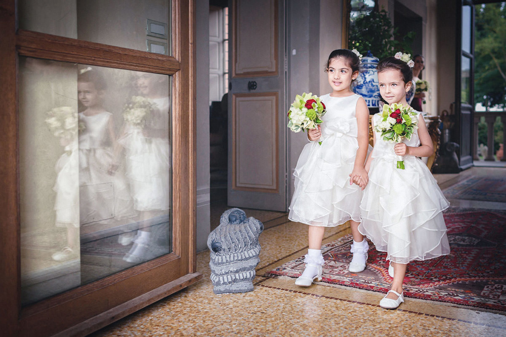 Flowergirls luxury dresses
