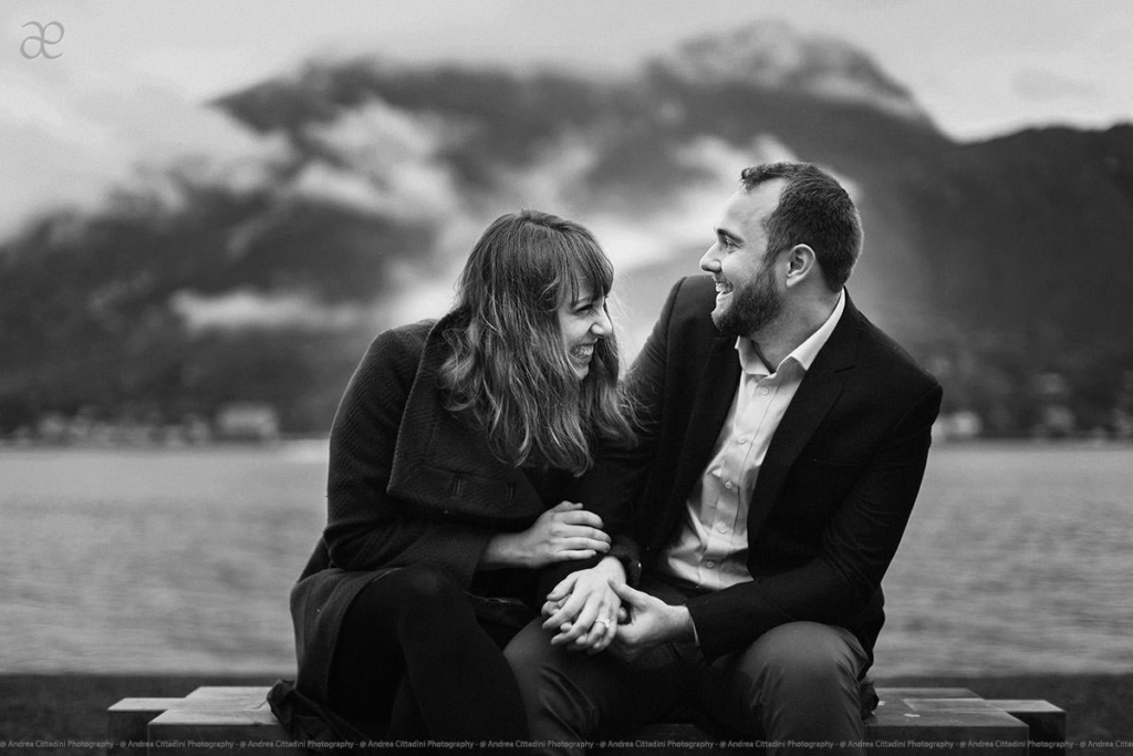 Engagement photographer in Lake Como